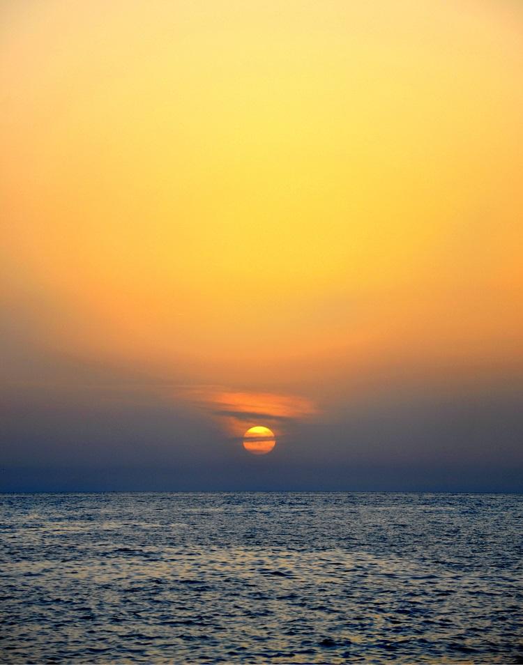 tramonto, calabria, guardia piemontese, alessia cipolla, dans la valise, outfit, moda