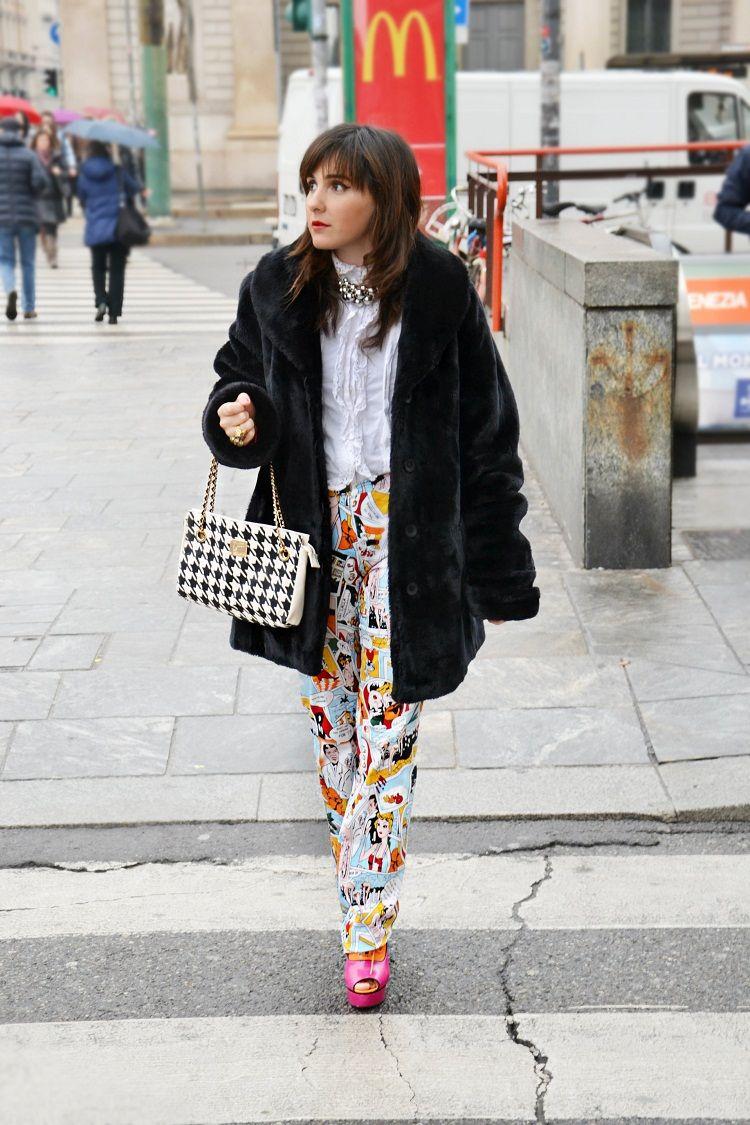 milano moda desing, comics, pantaloni fumetti, leggings fumetti, outfit, fashion bloggers italiane, F.I.N.E bag, windsor