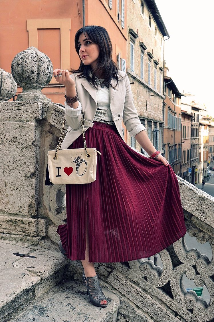 accessori, blog, moda, gonna plissettata, plissè, burgundy,