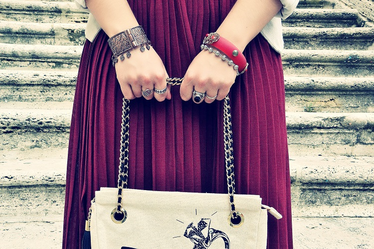 F.I.N.E bag, fashion blogger italiane, gonna burgundy, gonne lunghe, outfit, plissè, Wave-O,